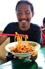 Mi Tarempa adalah ikon kuliner di Kepulauan Anambas.
